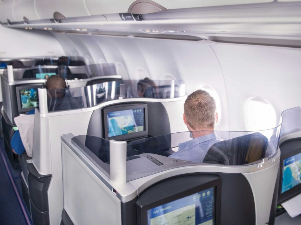 14/5/15 – Tech execs are going crazy over JetBlue Mint, a new $599 first-class flying option with massage chairs and rosé