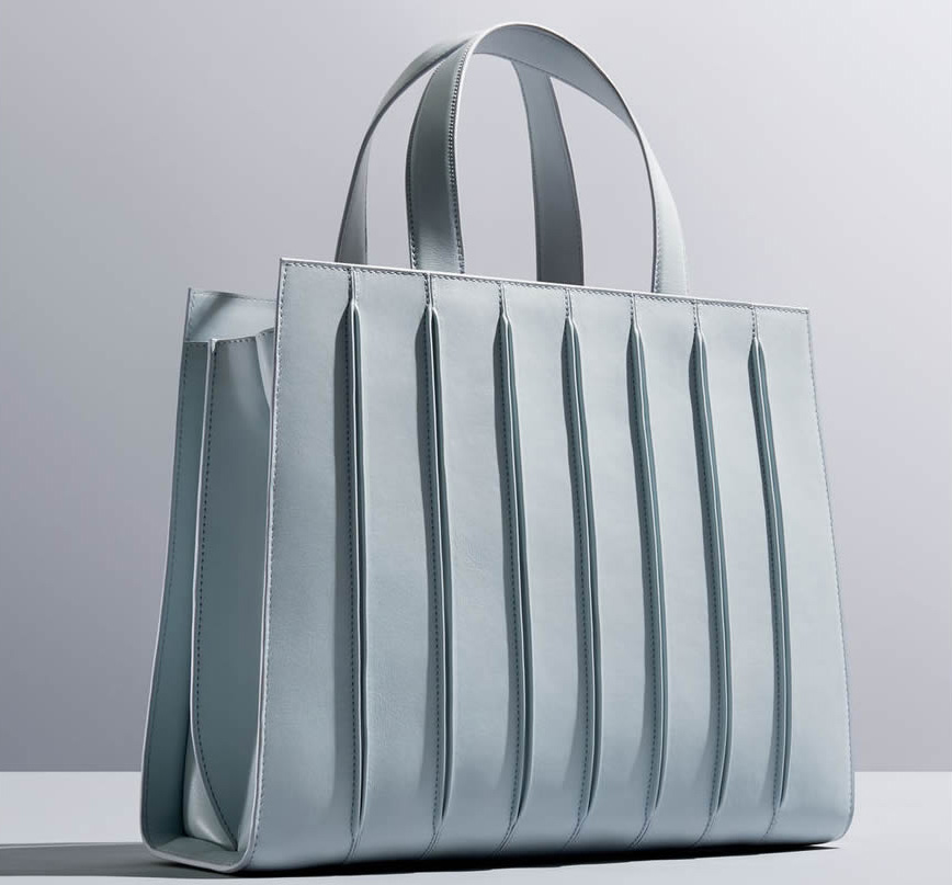 27/04/15  – Max Mara Designs Bag Inspired By The New Whitney Museum via Pursuitist