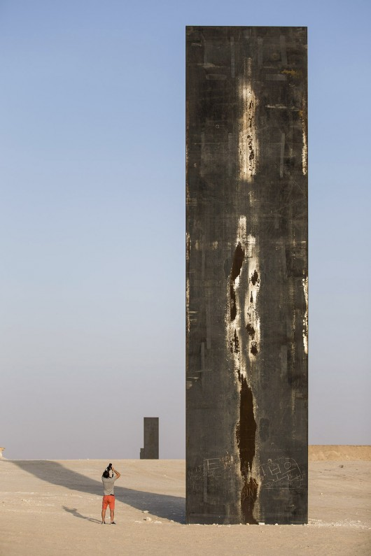 30/4/15 – Richard Serra's East-West/West-East' Rises in the Qatari Desert by Karissa Rosenfield – Arch Daily via New Yorker – all images © Nelson Garrido